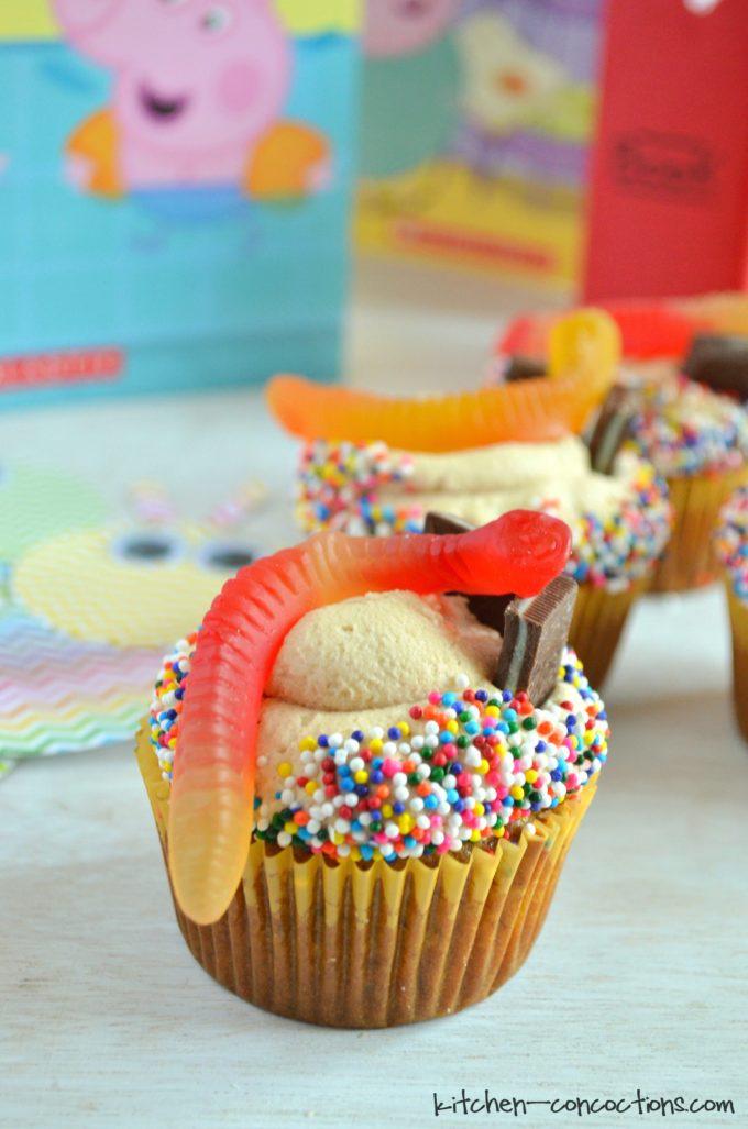 bookworm cupcakes